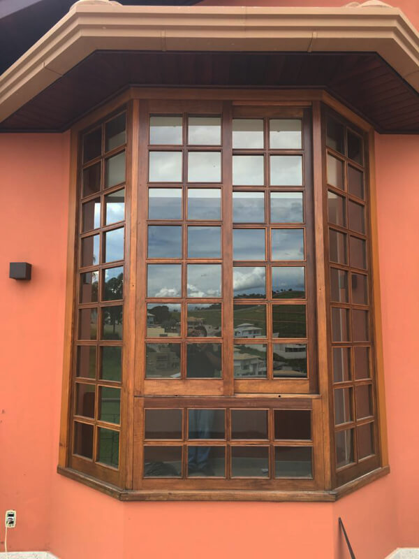 Janela Modelo Bay Window - Vista Externa