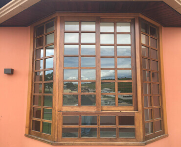 Janela Bay Window