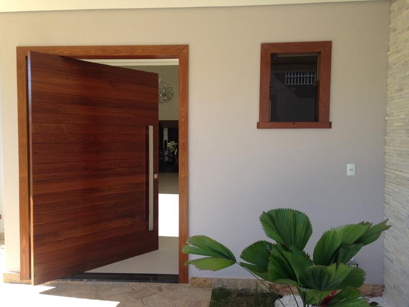 Porta Pivotante Ripada da Entrada