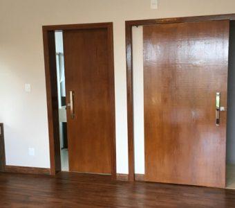 Quando utilizar uma porta de correr no quarto?