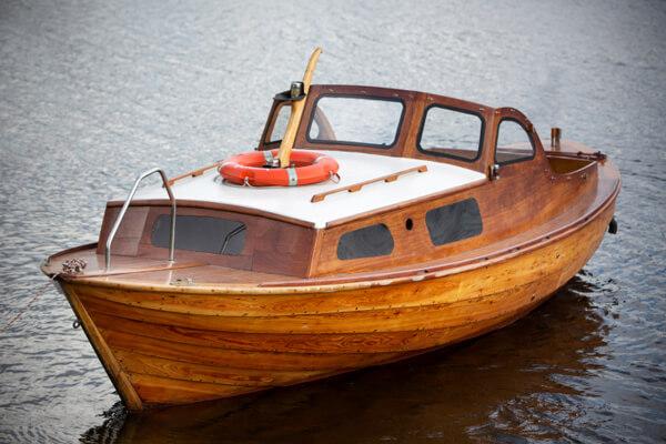 Barco de Madeira Teca