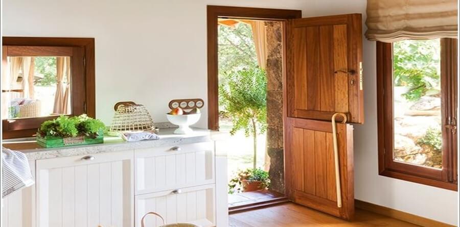 Porta para Cozinha