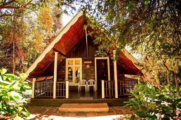 Casa com varanda de Madeira